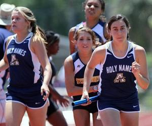 Track and Field finish Regionals with record-breaking 4 x 800