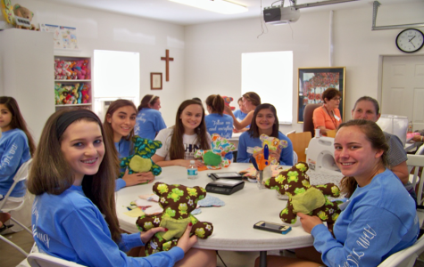 The girls of TLC show off their new Safety Bear creations