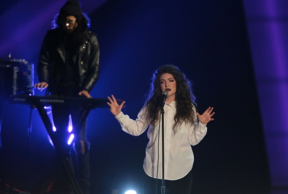 Pop phenom Lorde, was surprisingly snubbed in the 'Best New Artist' category.