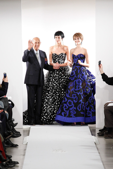 Oscar de la Renta closing his show with some gowns I'd be ok with wearing