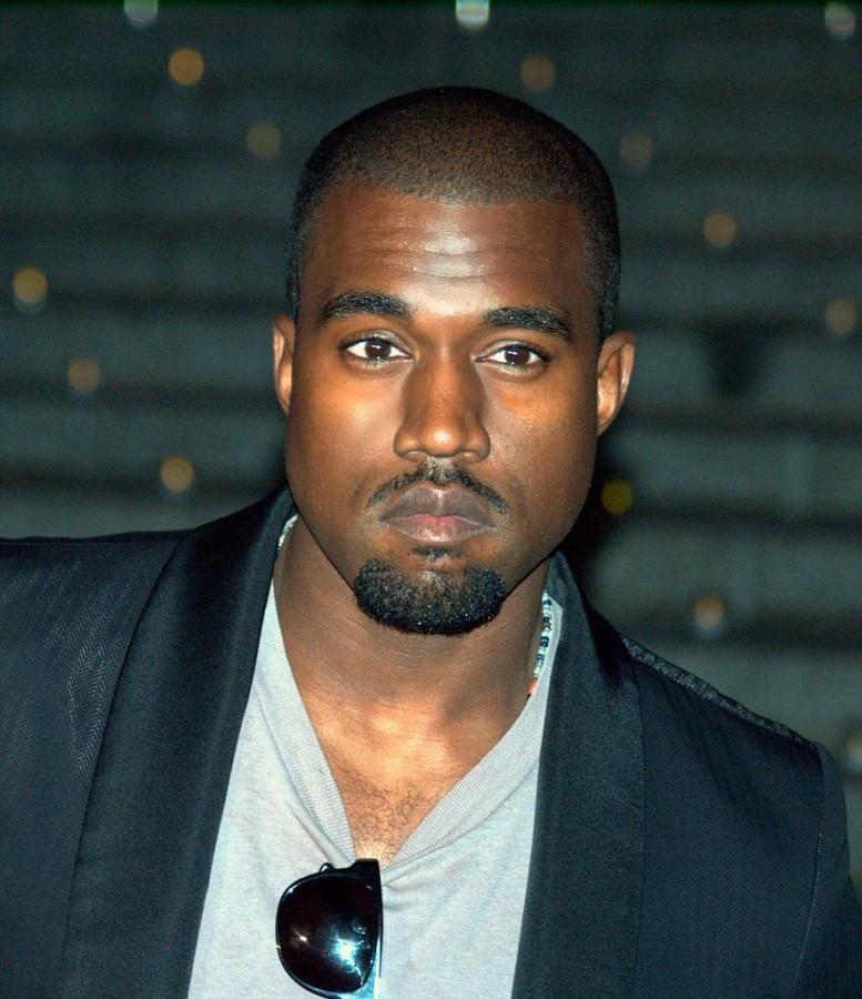 Kanye+West+poses+at+Vanity+Fair%27s+opening+part+for+the+2009+Tribeca+Film+Festival.