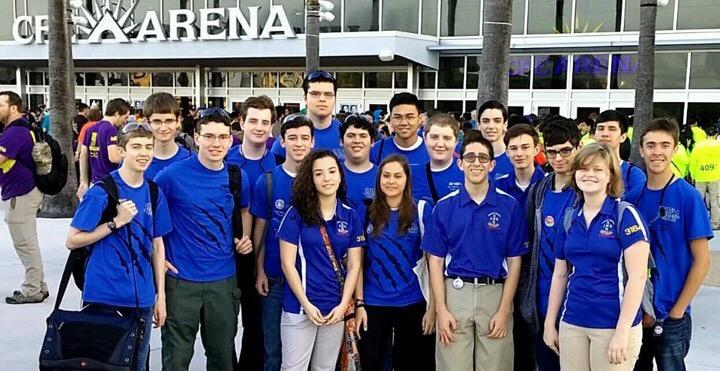 Jesuit Tiger Robotics is one of the few non-sport clubs that Jesuit High School and Academy of the Holy Names Collaborate on
