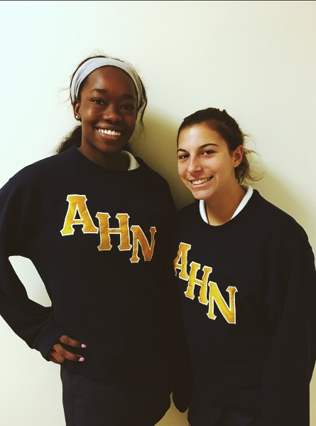 The AHN Volleyball Team had 15 members this season. (Photo Credit: Samantha Cano/ Achona Online)