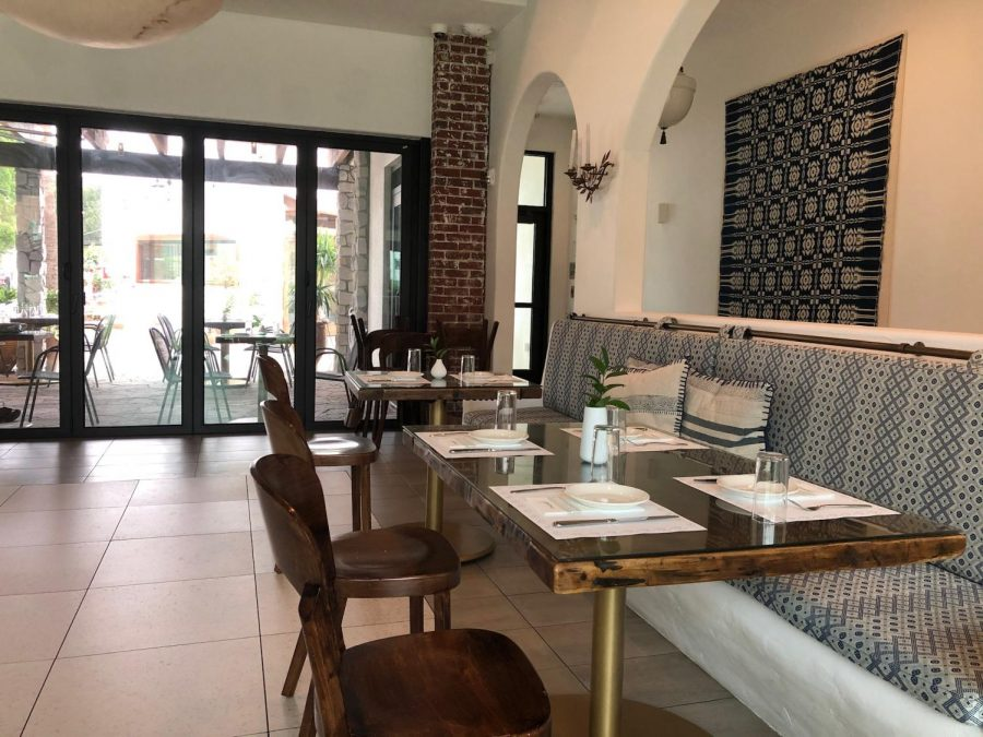Psomi's café is open Wednesday through Sunday, whereas its the restaurant serves lunch Wednesday through Friday, dinner Friday through Saturday, and brunch Saturday through Sunday.