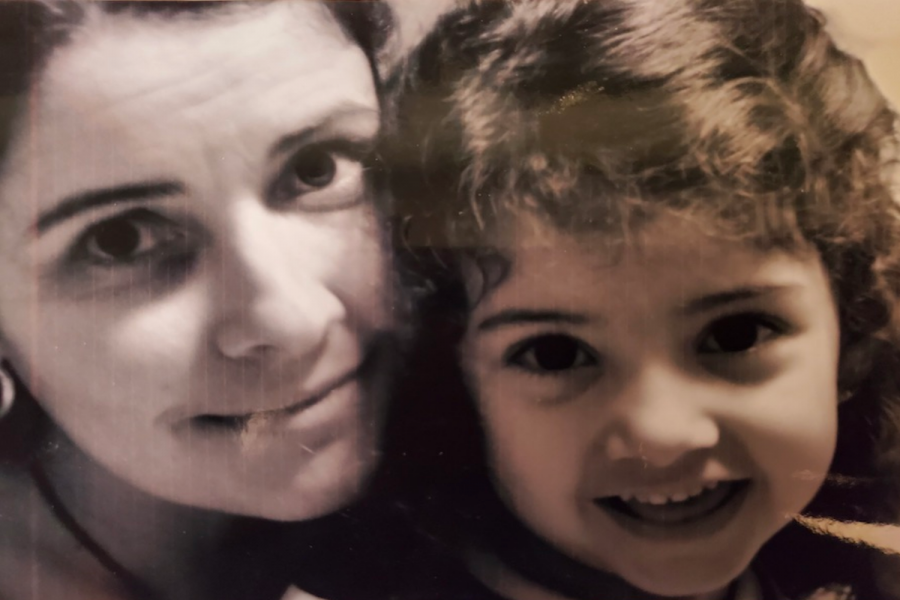 Senior Staff Writer Olivia Martinez as a child with her mother, which is one of the strongest women in her life.