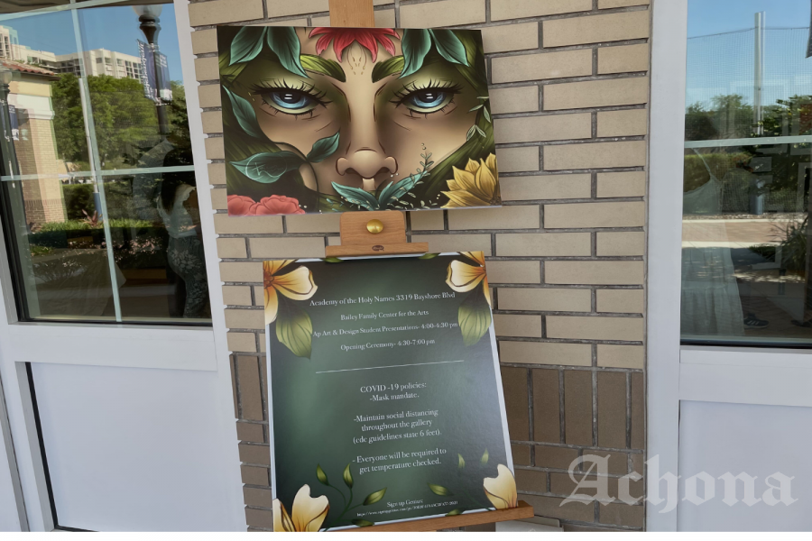 A sign welcomed visitors featuring art work by Emory Peterson ('22). The sign also explained the social distancing regulations put in place to run a COVID-19 safe event.